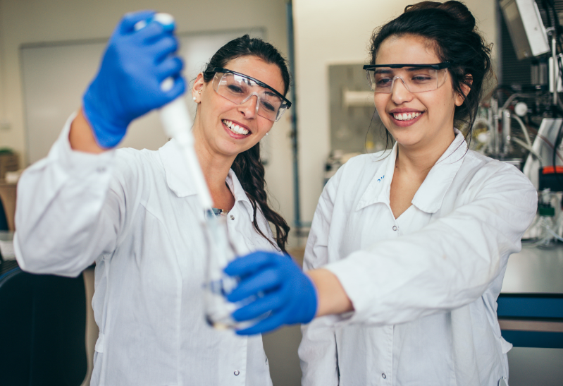 Laboratory teaching at the faculty of Biotechnology and Food engineering at the Technion